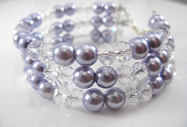 Гривна от естествени перли и Сваровски елементи от о-в Майорка
